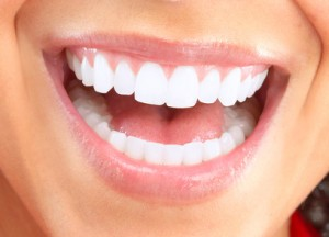 Zahnkosmetik schöne Zähne durch kosmetische Behandlungen